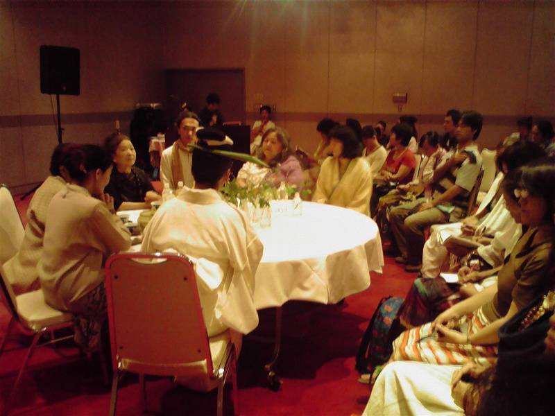 13人のグランマザー第8回国際会議(奄美大島)